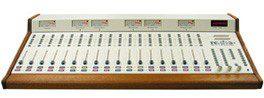 CONSOLE RADIO BROADCAST RS 18 RADIO SYSTEM