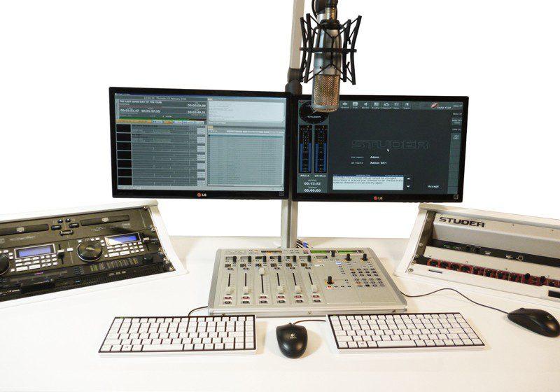 package RADIO FM studio emetteur antenne cles en mains afrique