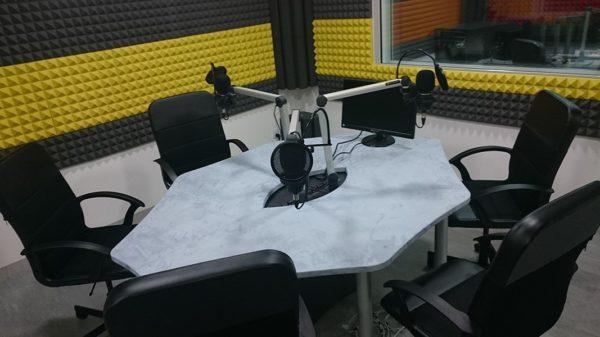 Materiel et equipement pour construire une webradio professionnelle
