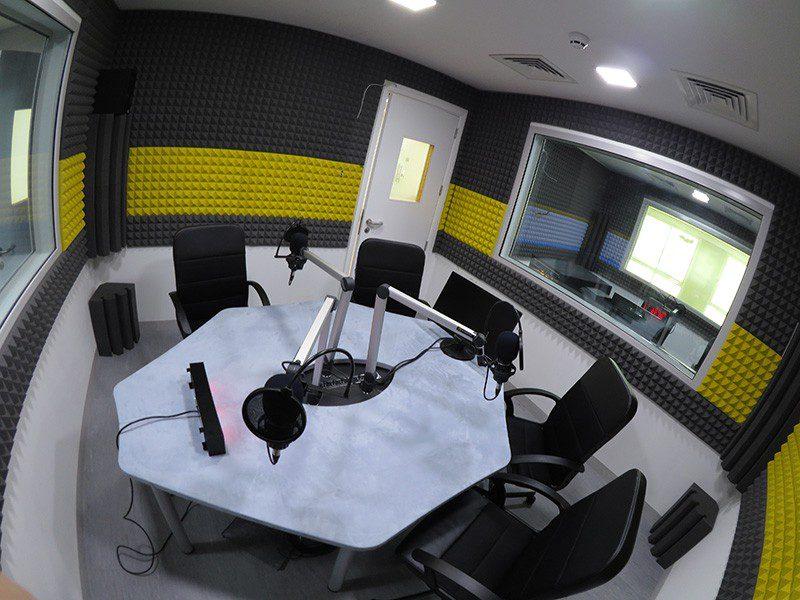 Tout le matériel nécessaire pour votre studio radio FM et webradio pro