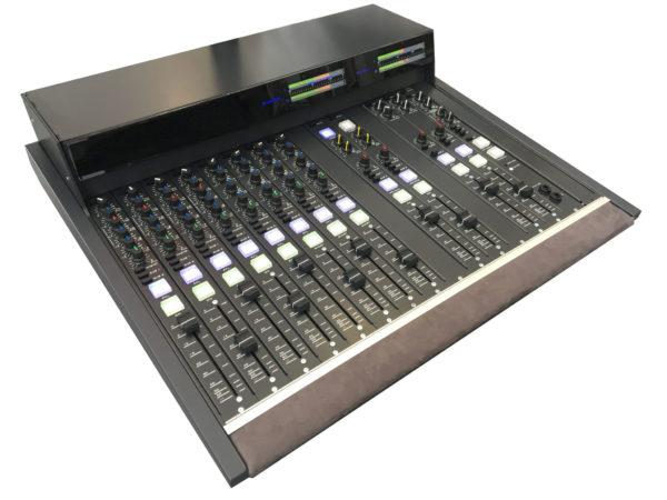 E16M Console Broadcast Modulaire