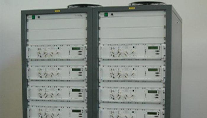 Emetteur TV Bande UHF VHF Norme PAL, tropicalisé special afrique